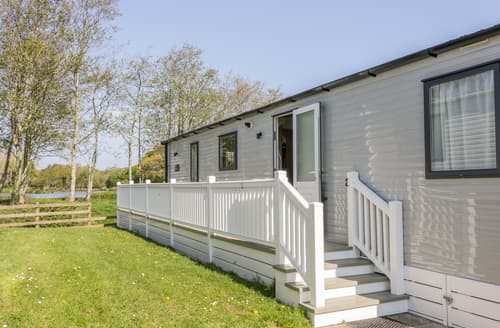 Last Minute Cottages - Dowr Lodge