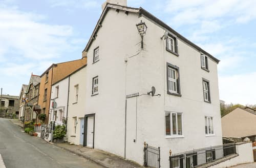 Last Minute Cottages - 1 Brade Street