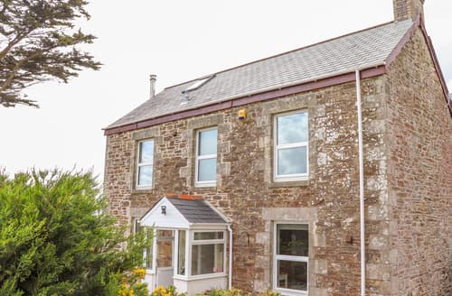 Last Minute Cottages - Heliview Cottage