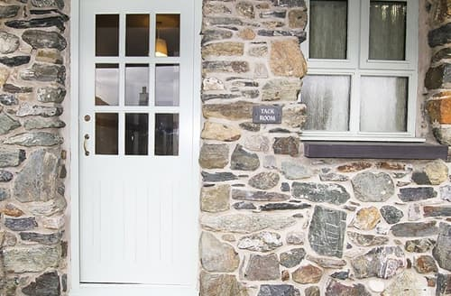 Last Minute Cottages - Attractive Llanfairpwllgwyngyll Cottage S166031