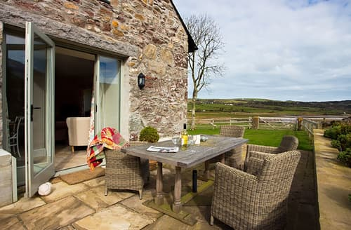 Last Minute Cottages - Lovely Dulas Cottage S166035