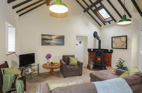 Last Minute Cottages - Tasteful Llaneilian Cottage S166049