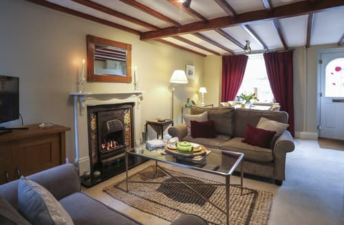Last Minute Cottages - Glascoed