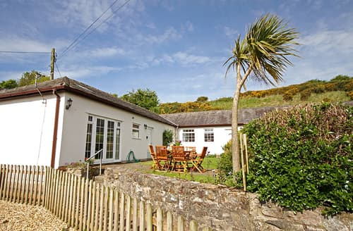 Last Minute Cottages - Adorable Brynsiencyn Cottage S166124