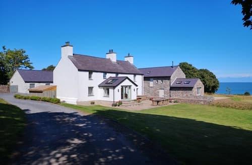 Last Minute Cottages - Penrhyn Farm