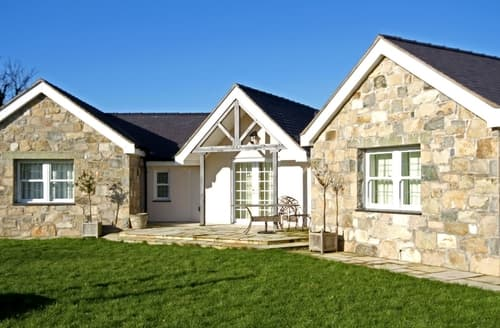 Last Minute Cottages - Pen y Bont Bach