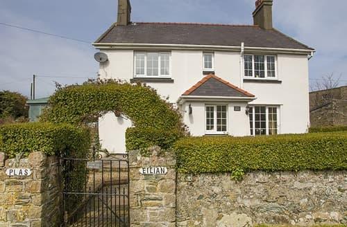 Last Minute Cottages - Captivating Llaneilian Cottage S166175