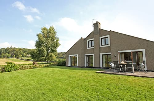 Last Minute Cottages - Plas Madog Isa