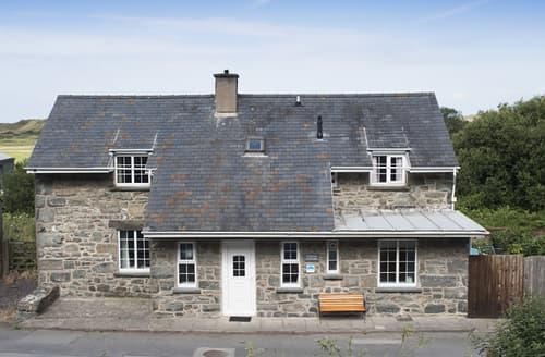 Big Cottages - Railway Cottage