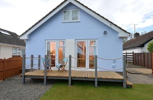 Last Minute Cottages - Beautiful Rhosneigr Cottage S166210