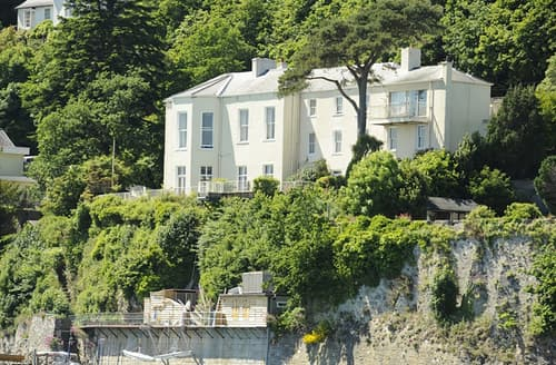 Last Minute Cottages - Delightful Menai Bridge Cottage S166218