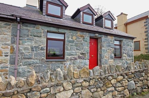 Last Minute Cottages - Wonderful Rhos Isaf Cottage S166290