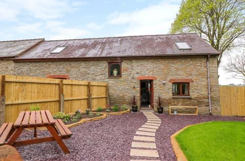 Last Minute Cottages - Cysgod Y Llan Isaf Cottage