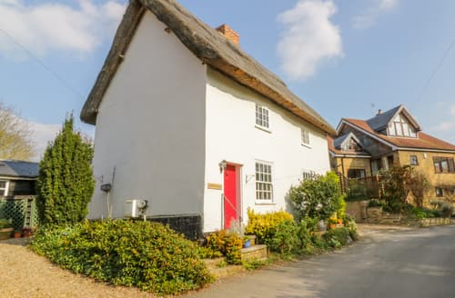 Last Minute Cottages - Mulberry Tree Cottage