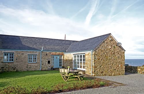 Last Minute Cottages - Delightful Church Bay Cottage S166391