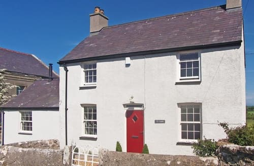 Last Minute Cottages - Ty Capel Bryntwrog