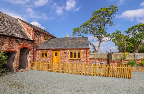 Last Minute Cottages - The Tractor Shed