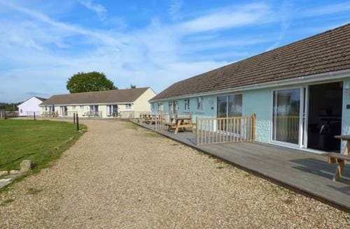 Last Minute Cottages - Salterns 2