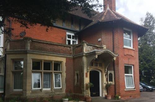 Last Minute Cottages - Delightful Dorchester Apartment S166614
