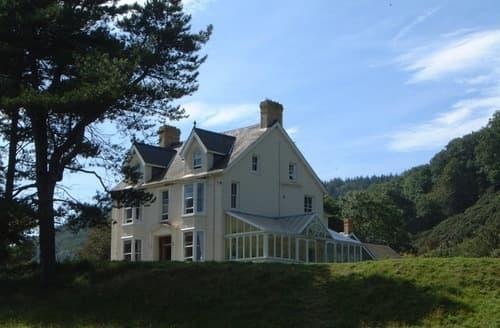 Big Cottages - Park Hall
