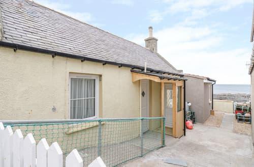 Last Minute Cottages - Seatown Cottage