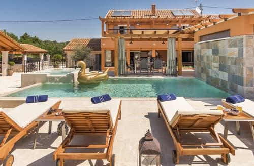 Last Minute Cottages - Villa Klementina