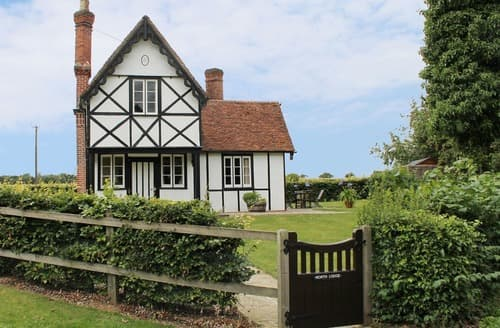 Last Minute Cottages - Splendid Finchingfield Lodge S167233