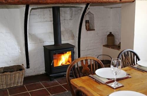 Last Minute Cottages - Higham Farmhouse