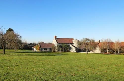Last Minute Cottages - Hill Barn