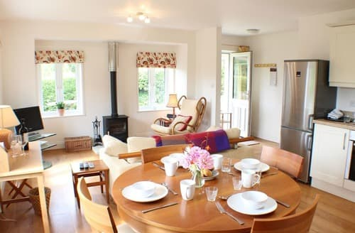 Last Minute Cottages - Broomley Cottage