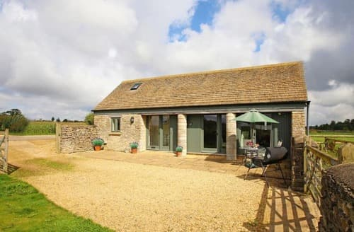 Dog Friendly Cottages - Sweethills Barn