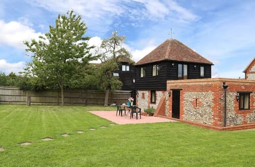 Last Minute Cottages - The Chiltern Granary