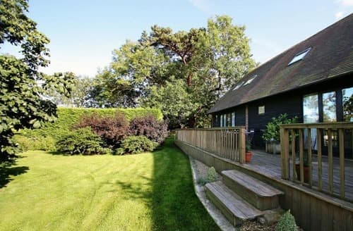 Last Minute Cottages - The Orchard Complex