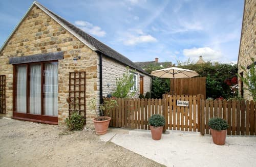 Last Minute Cottages - Inviting Near Stow On The Wold Cottage S167332