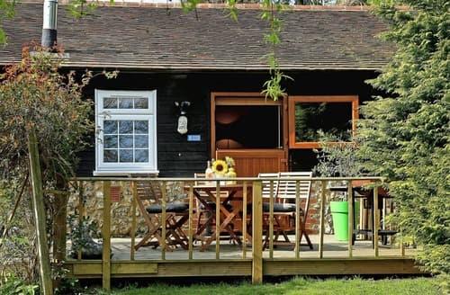 Last Minute Cottages - Rose Barn