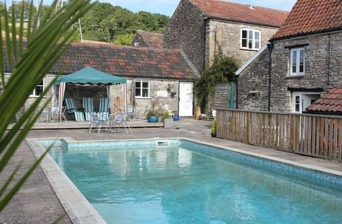Last Minute Cottages - Blagdon View Farmhouse