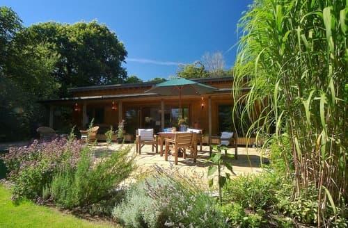 Last Minute Cottages - Little Marsh Lodge