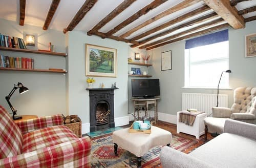 Last Minute Cottages - Chalk Cottage