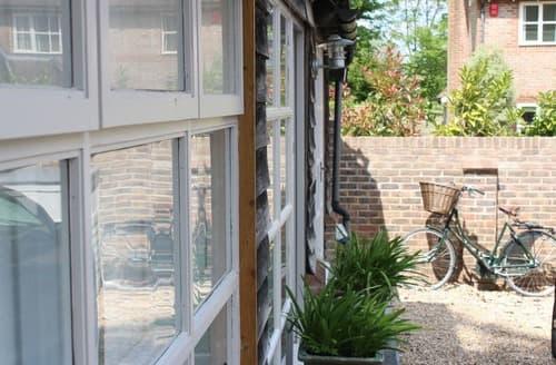 Last Minute Cottages - Mallard House Nest