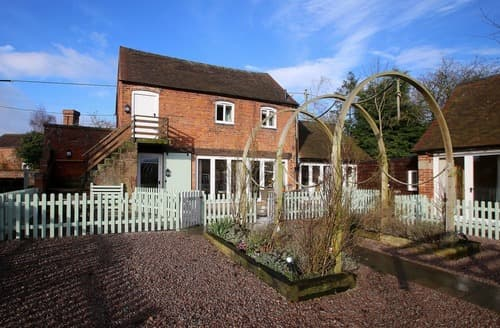 Last Minute Cottages - Tasteful Near Shrewsbury Cottage S167441