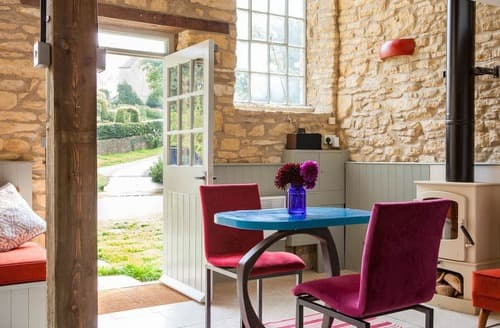 Dog Friendly Cottages - The Cotswold Chapel