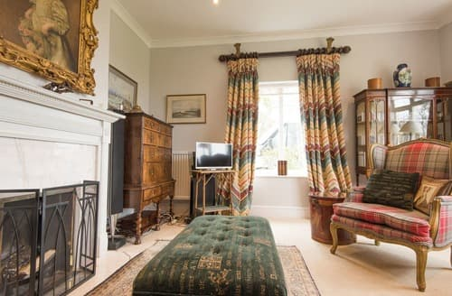 Last Minute Cottages - Arun Valley View