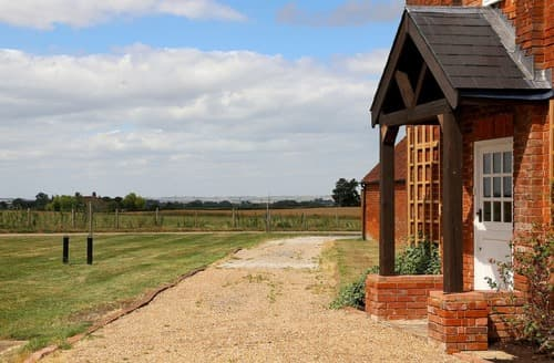 Last Minute Cottages - The Bothy at Lynsted