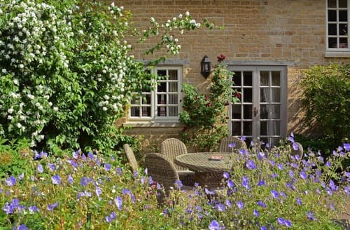 Last Minute Cottages - Stunning Near Burford Cottage S167512