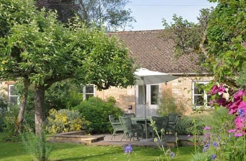 Last Minute Cottages - Charming Near Burford Cottage S167521