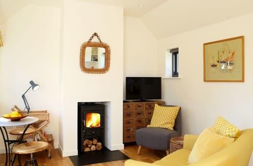 Last Minute Cottages - Primrose Lodge