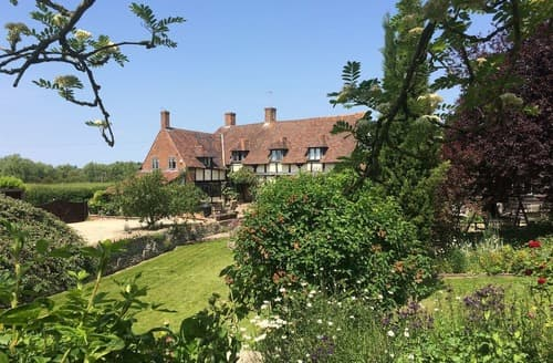 Dog Friendly Cottages - Stagg Farmhouse