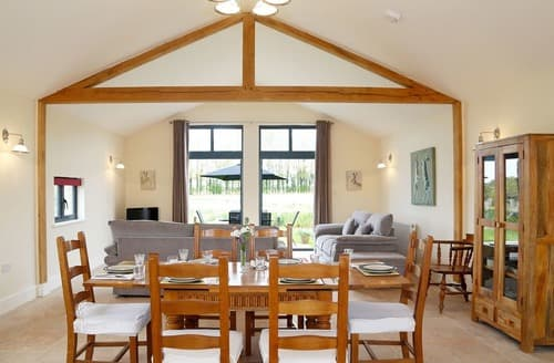Last Minute Cottages - Leveret Lodge