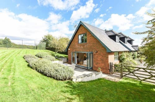 Last Minute Cottages - Test Valley Annexe