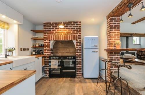 Last Minute Cottages - 2 Stonedelph Cottage